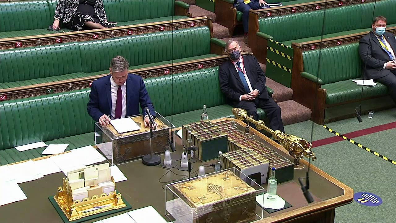 Starmer challenges PM on Dyson texts