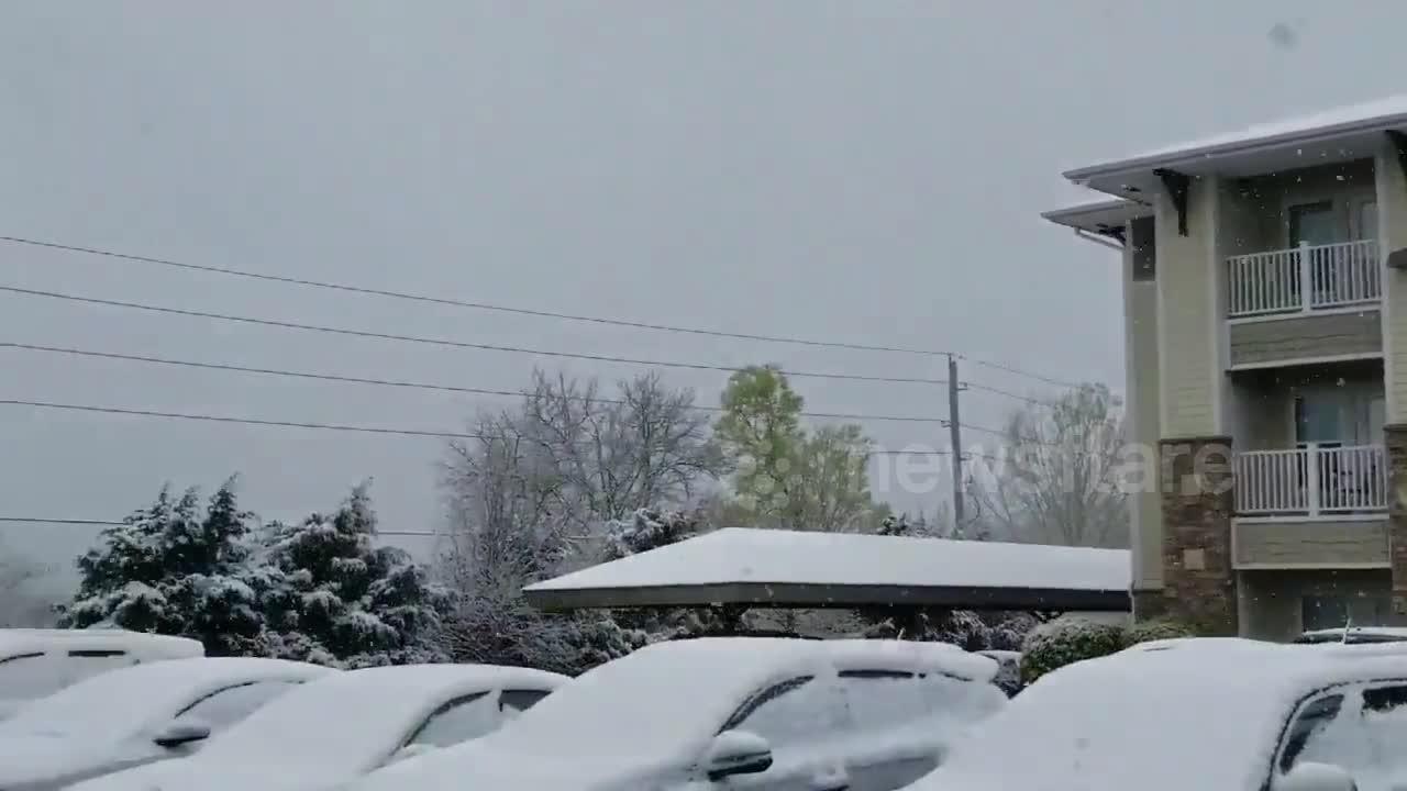 Spring storm system brings April snow to Missouri