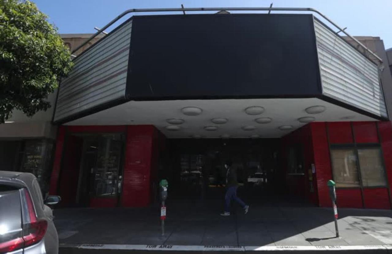 Beyond Oscars glitz, cinemas face uncertain future
