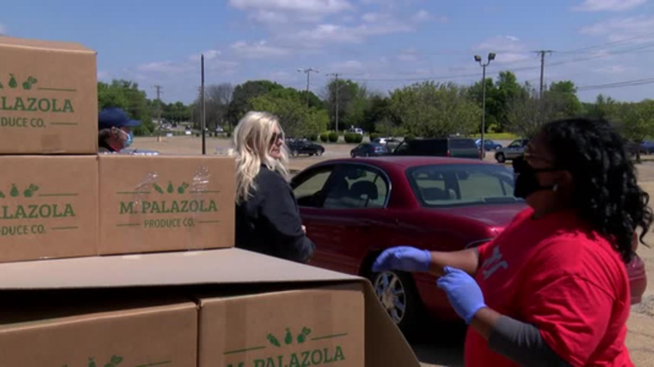 Family Resource Center aids those in need by handing out thousands of free food boxes