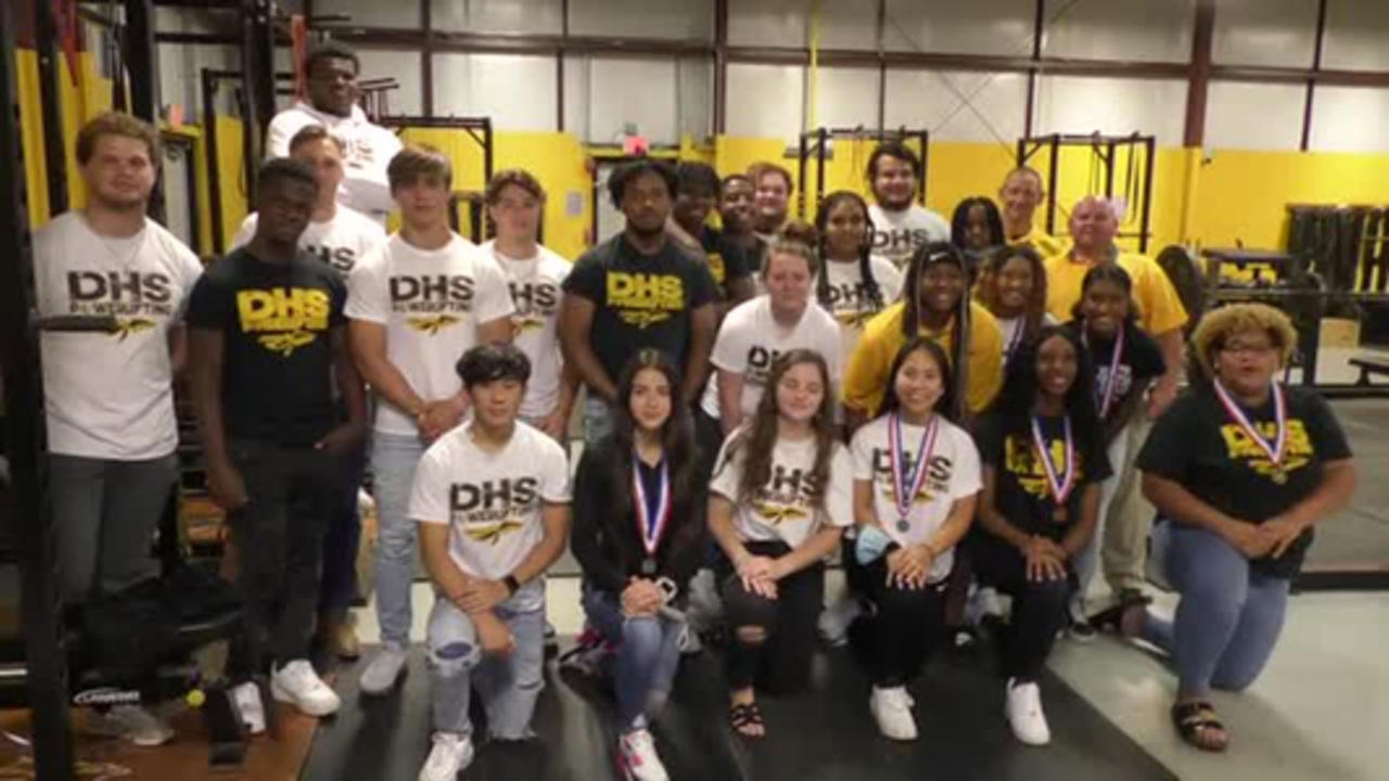 D'Iberville High powerlifting team raises the bar as state champs