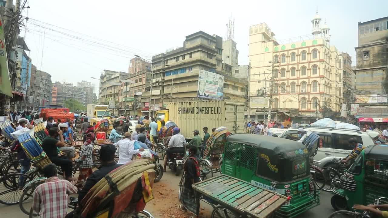 Traffic in total gridlock during lockdown in Dhaka, Bangladesh