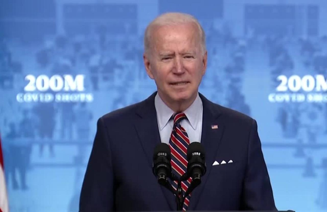 Biden offers tax credits for paid vaccine time off