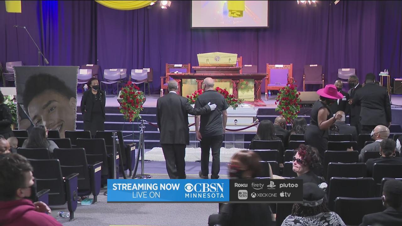 Community Gathers To Mourn Daunte Wright