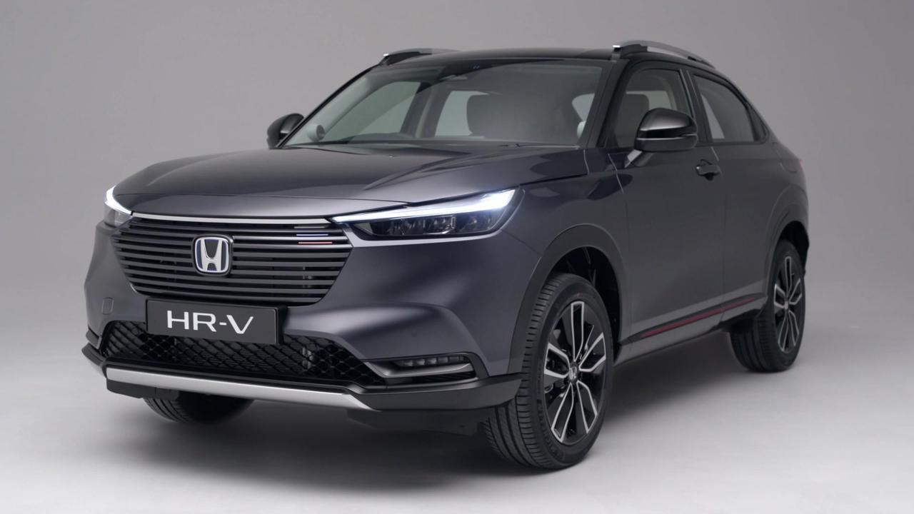 The all-new Honda HR-V e:HEV Exterior Design in Grey