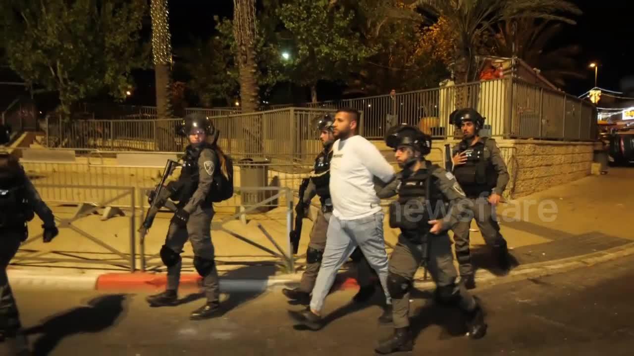 East Jerusalem clashes leave over 100 injured