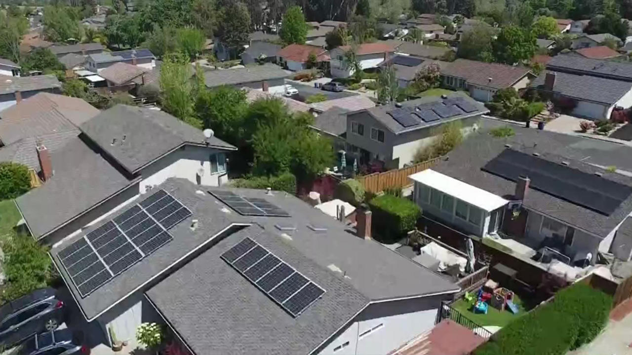 Utilities Push to Cut Subsidies for Home Solar Energy Systems