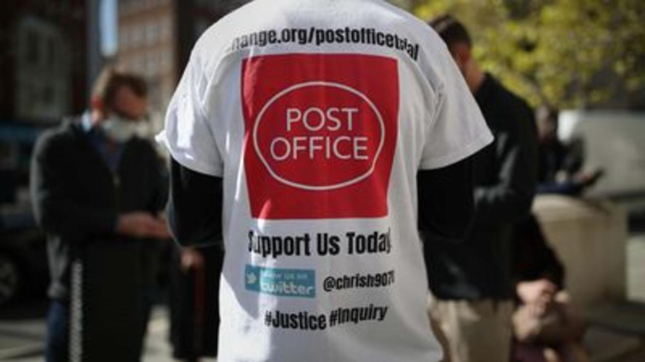Postmaster convictions overturned