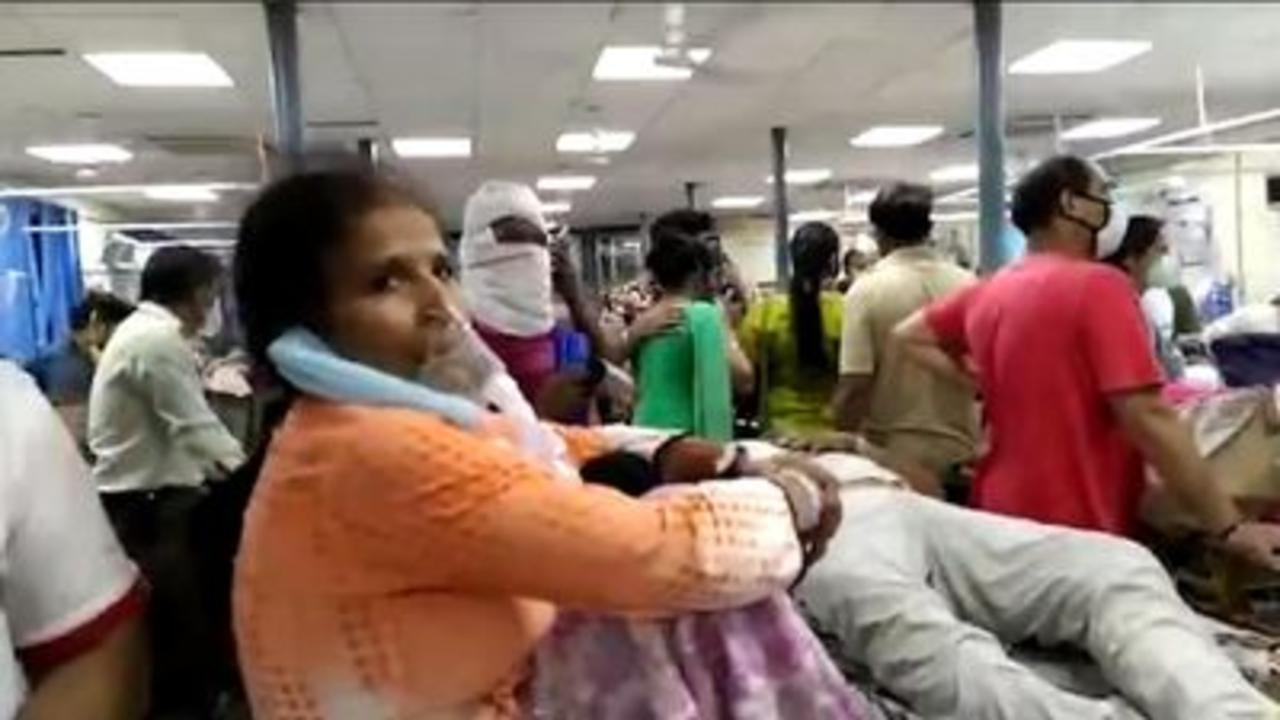 COVID-19: Delhi hospital overwhelmed by COVID