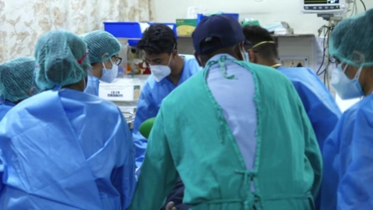 Inside the Delhi hospital at breaking point