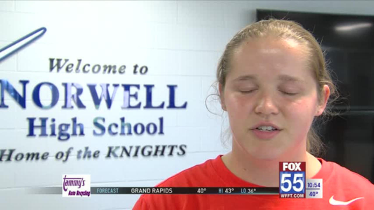 Norwell track & field standout Grace Bradtmueller signs to throw at Bowling Green
