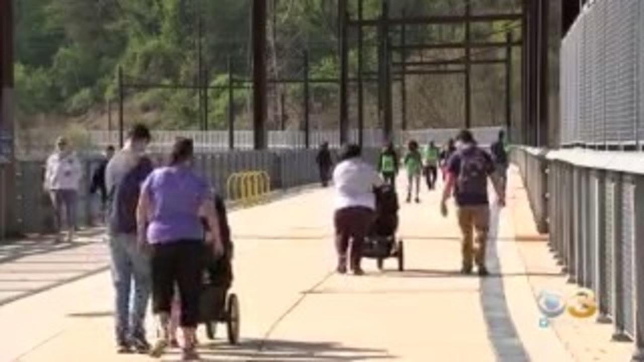 Manayunk Holds Fun Run For Celebrate Trails Day