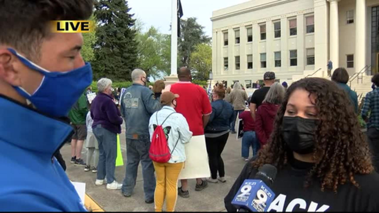 Rally held in Albany in support of black teen who was a victim of alleged hate crime