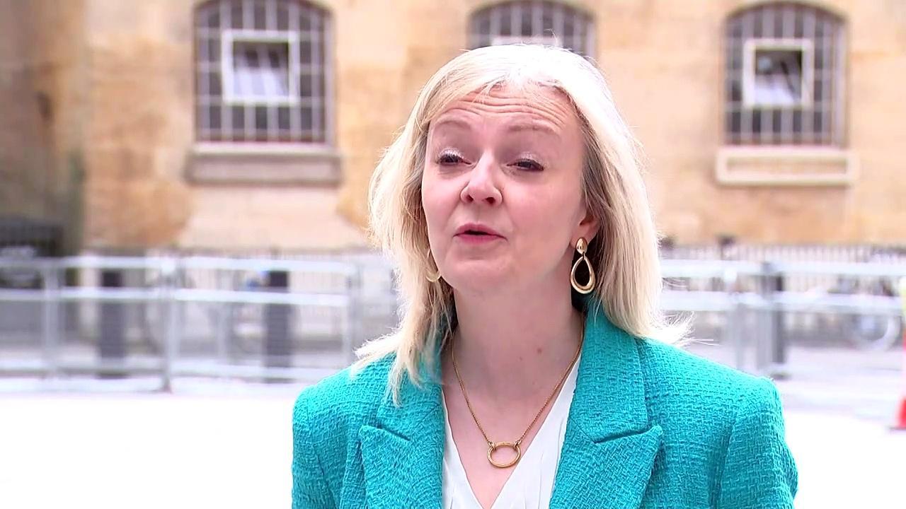 Liz Truss: Johnson has 'met cost' of refurbishment