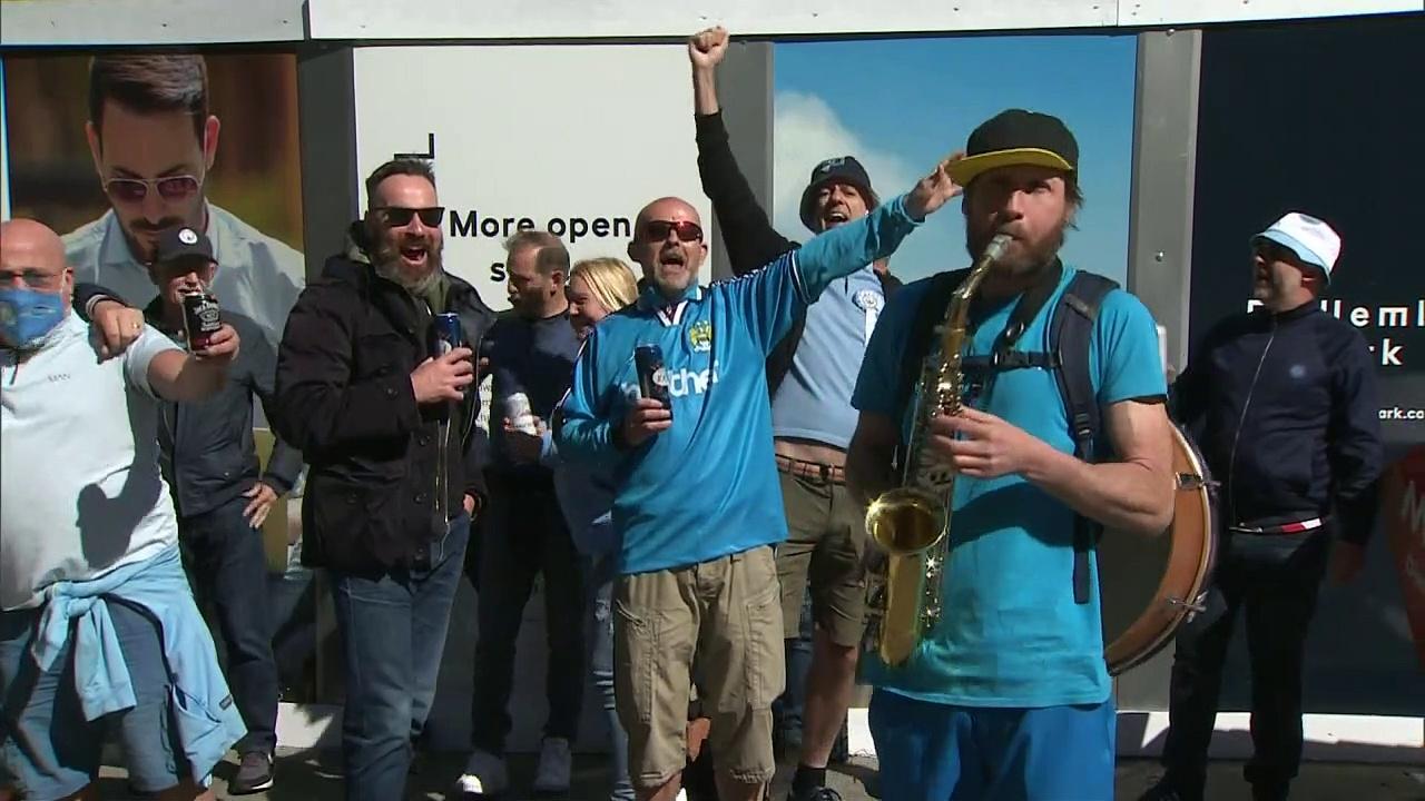 Fans return to Wembley for League Cup final in pilot scheme