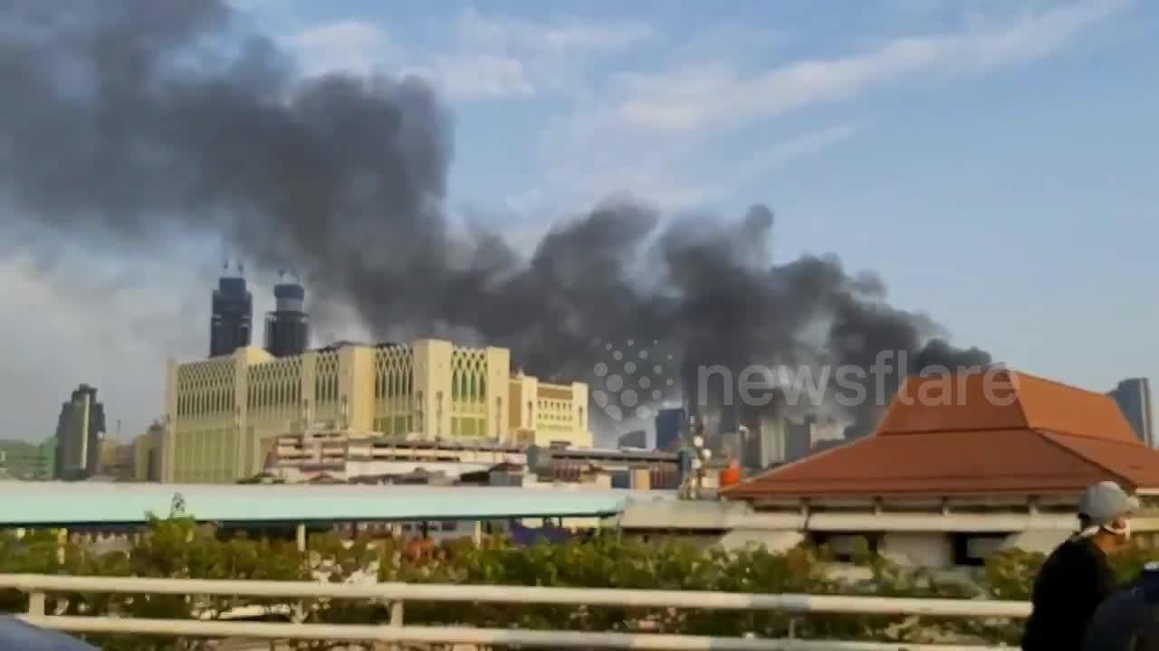 Jakarta engulfed in flames due to fire