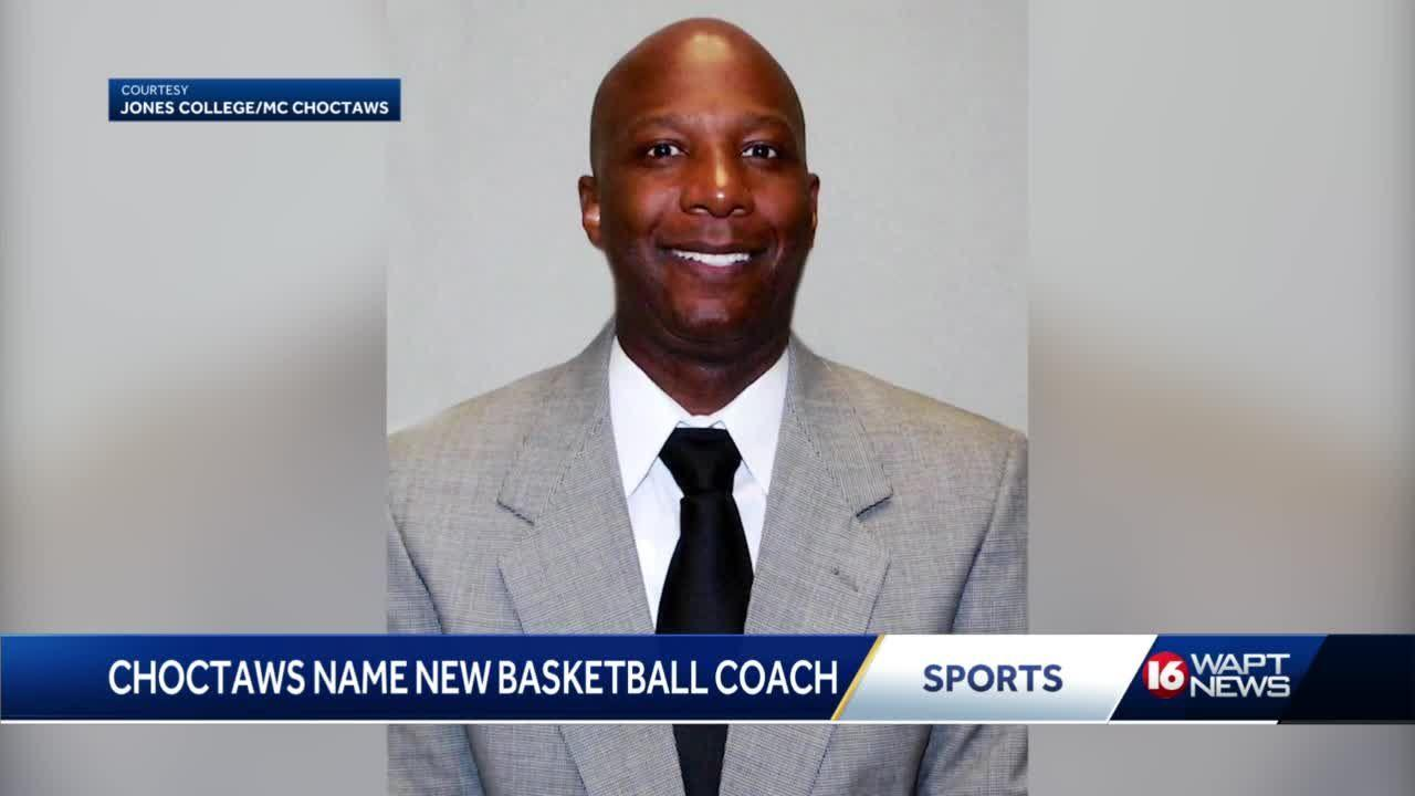 Randy Bolden takes over Choctaws Hoops and makes history