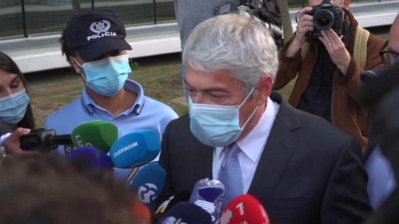Corruption charges against former Portuguese PM dropped but Socrates will still stand trial