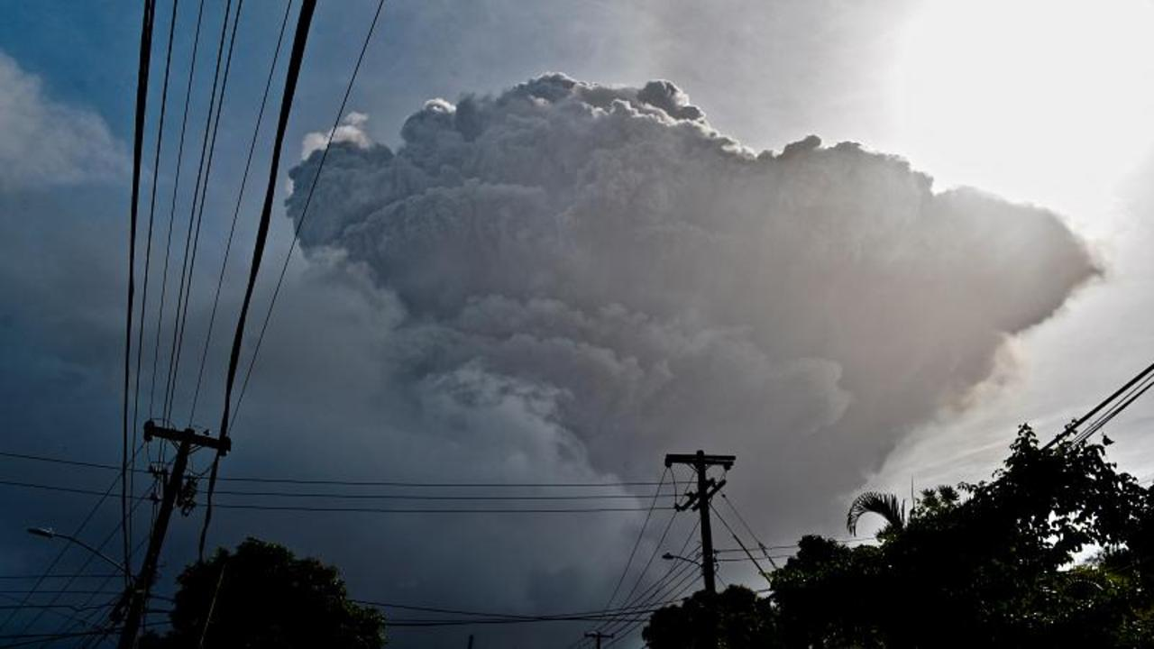 Thousands evacuated from St Vincent as volcano erupts