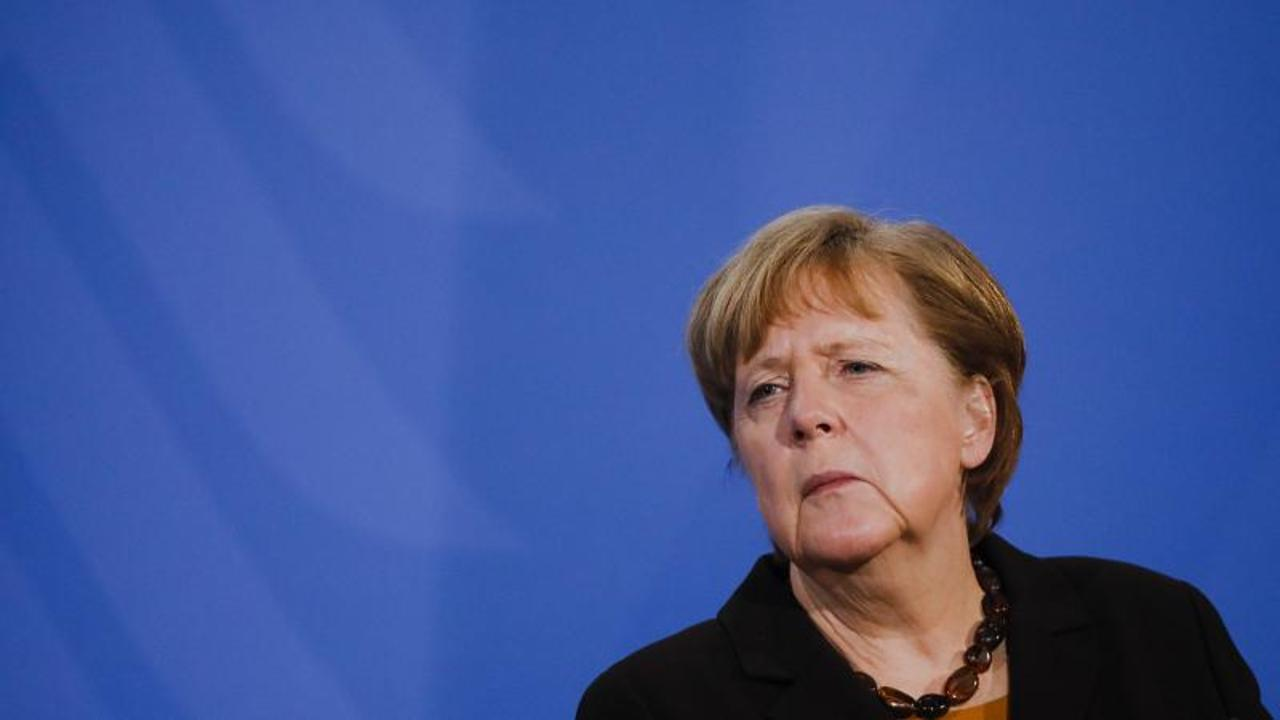German conservatives Laschet and Soeder put themselves forward to succeed Merkel