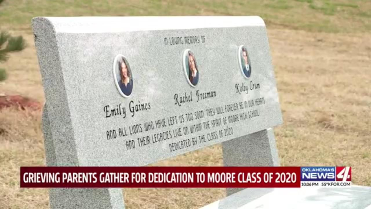 Oklahoma high school classes dedicates bench to three students killed in separate tragedies