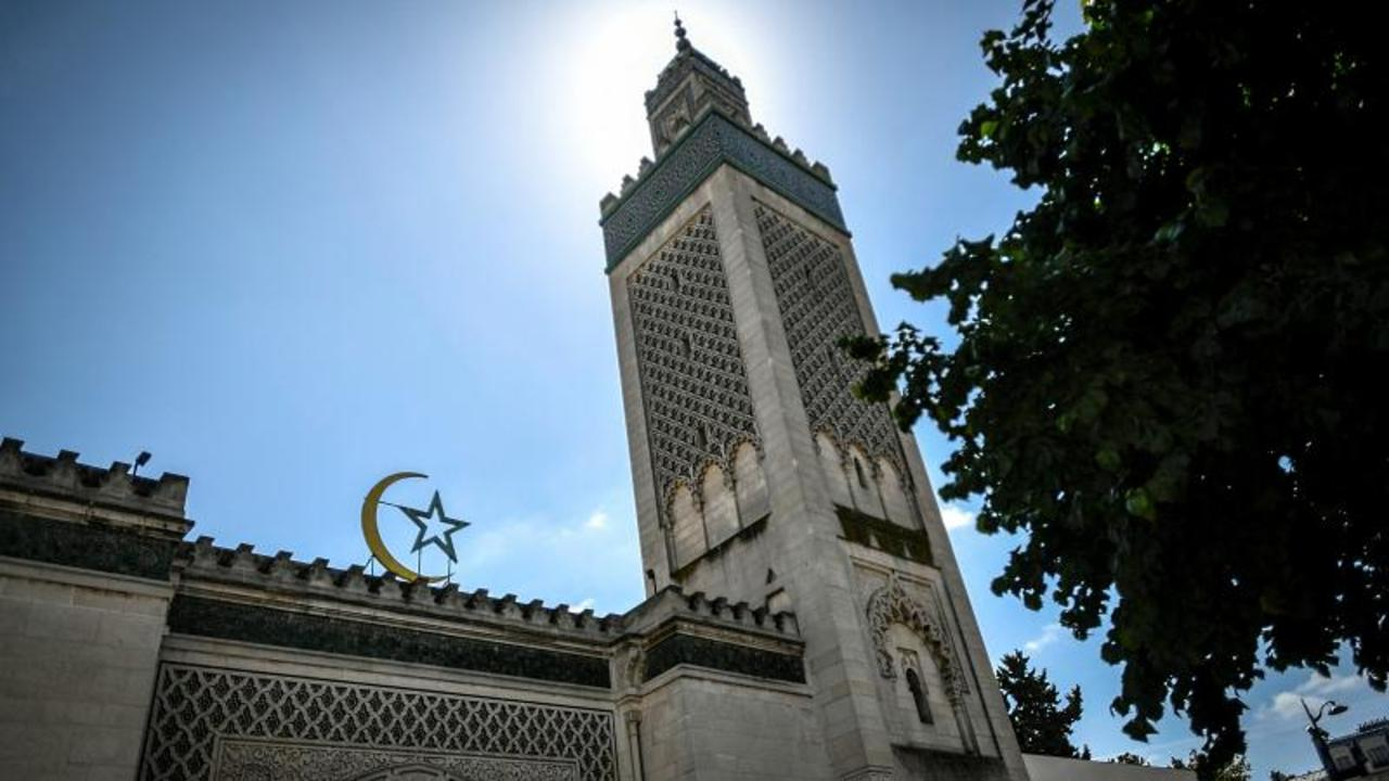 Europe's Muslims prepare for second Ramadan under shadow of pandemic