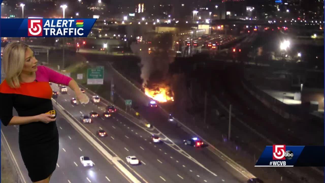 Crews battle brush fire off Expressway