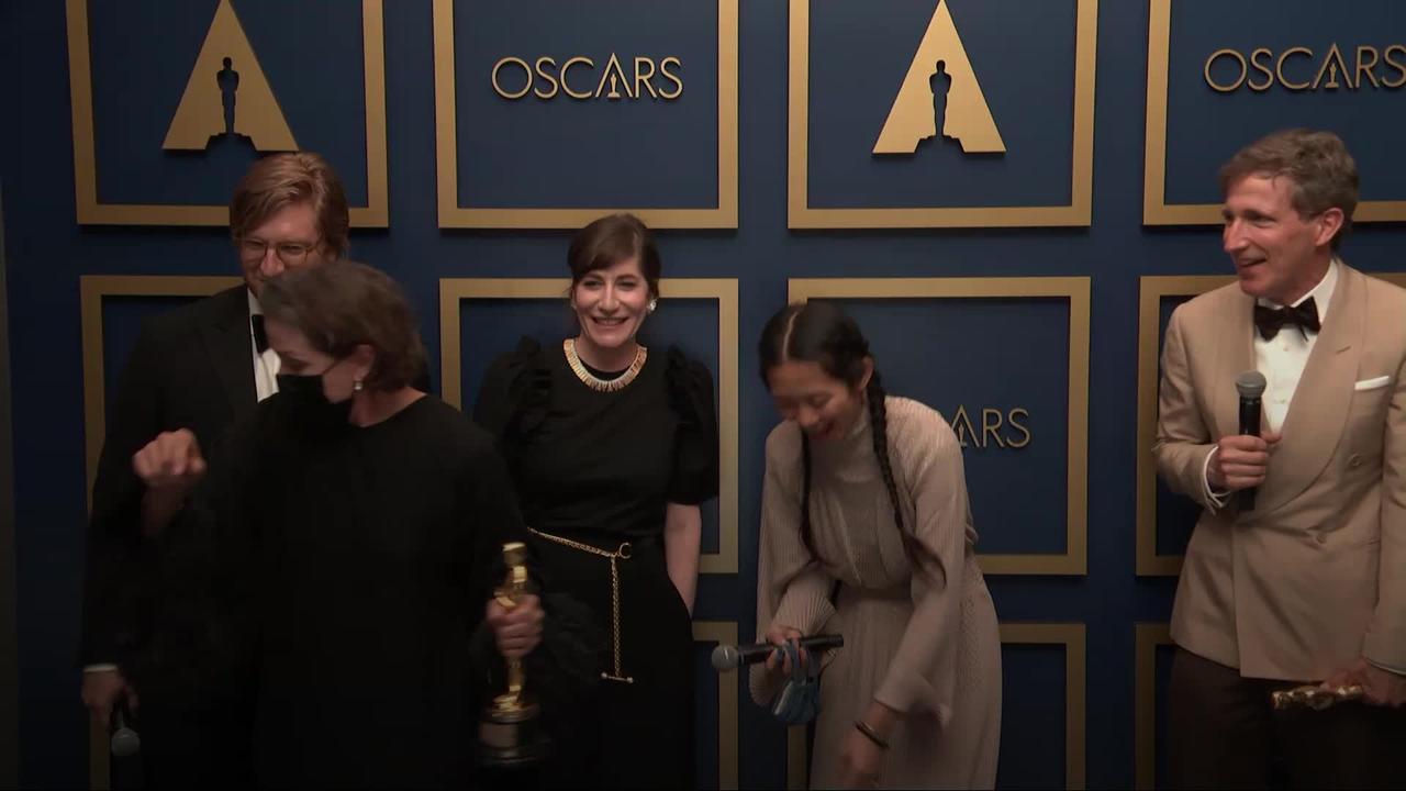 Frances McDormand swaps Oscar with Chloe Zhao after Nomadland triumphs