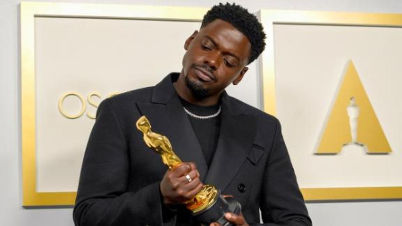 See the best moments from the 2021 Oscars