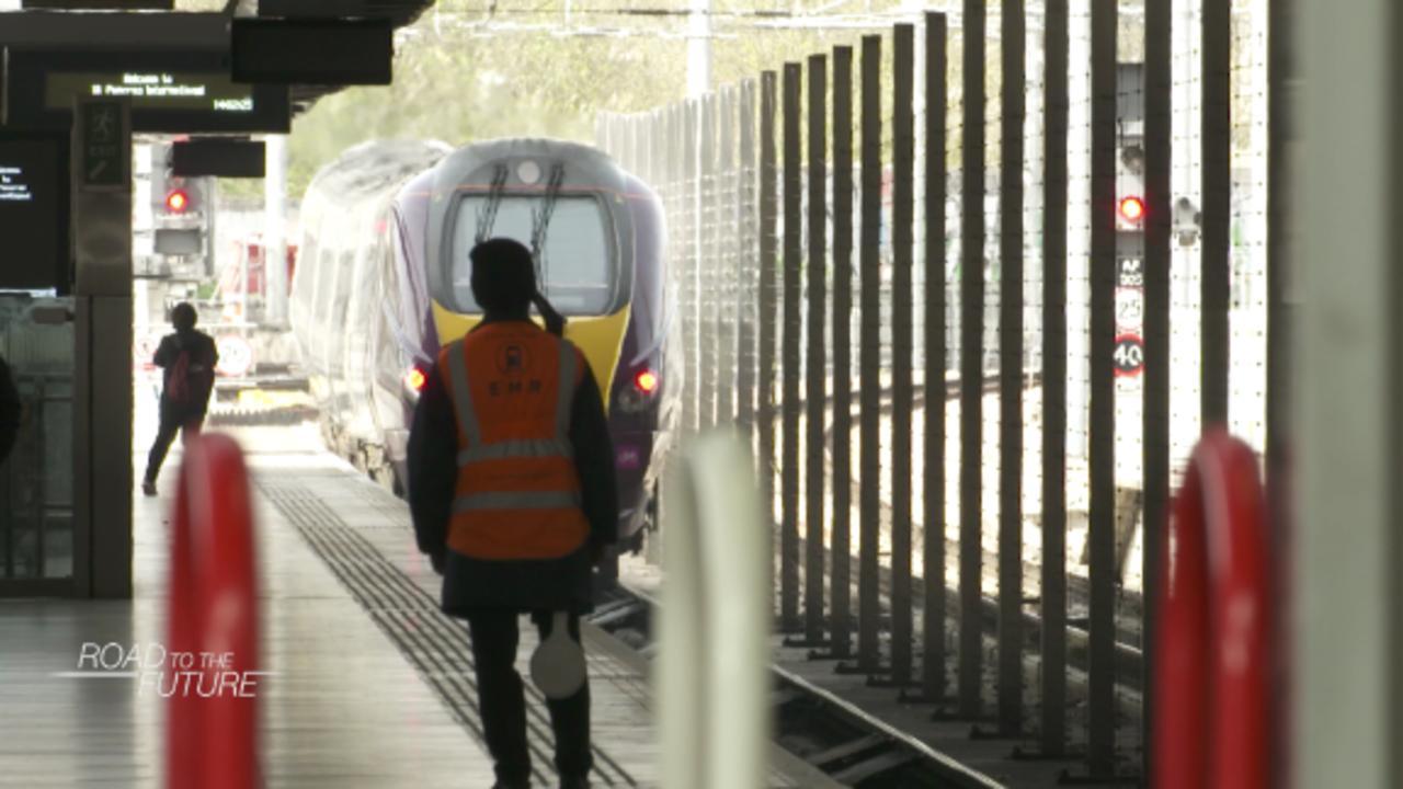 London train station tracks social distancing with 'digital twins'