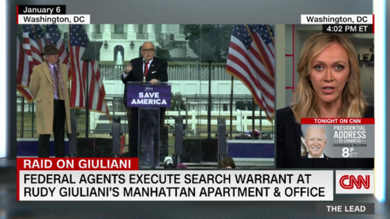 Federal agents execute search warrant at Rudy Giuliani's Manhattan apartment & office