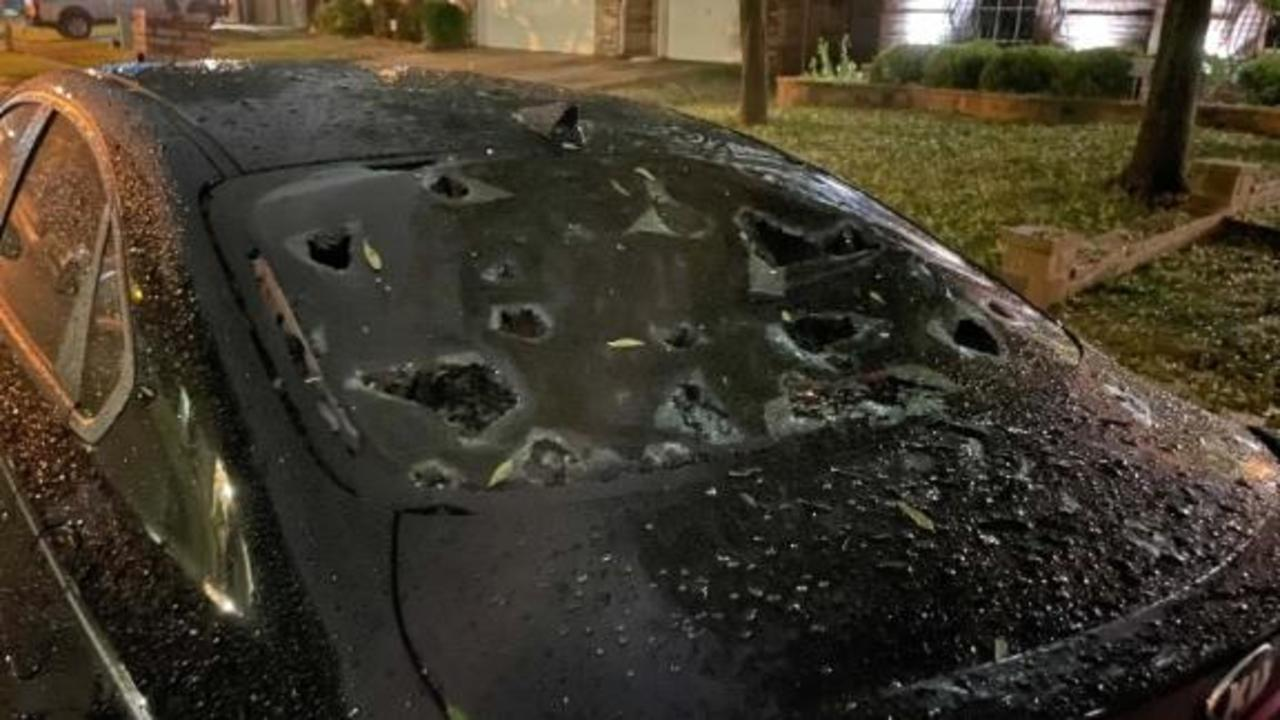Cars and homes damaged by softball-sized hail in Texas