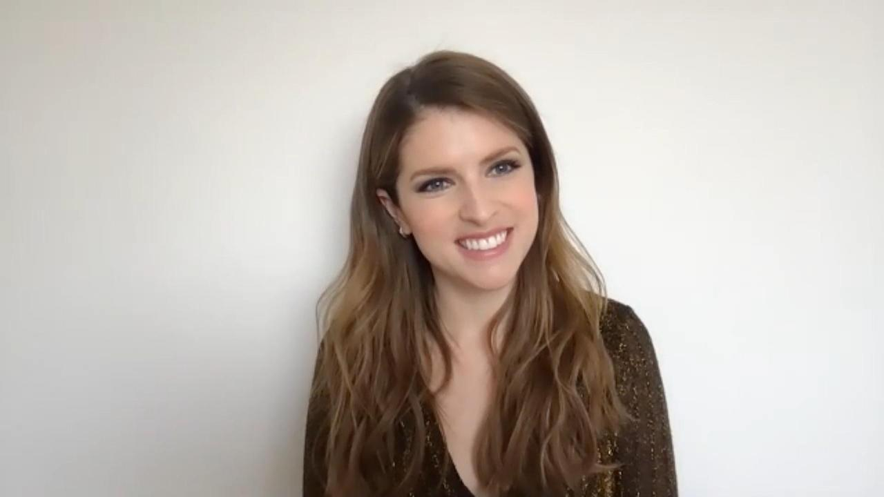 Anna Kendrick On Staying In Touch With 'Pitch Perfect' Co-Stars