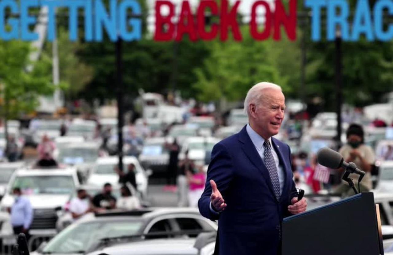 Biden pushes econ plan in GA, meets with Carter