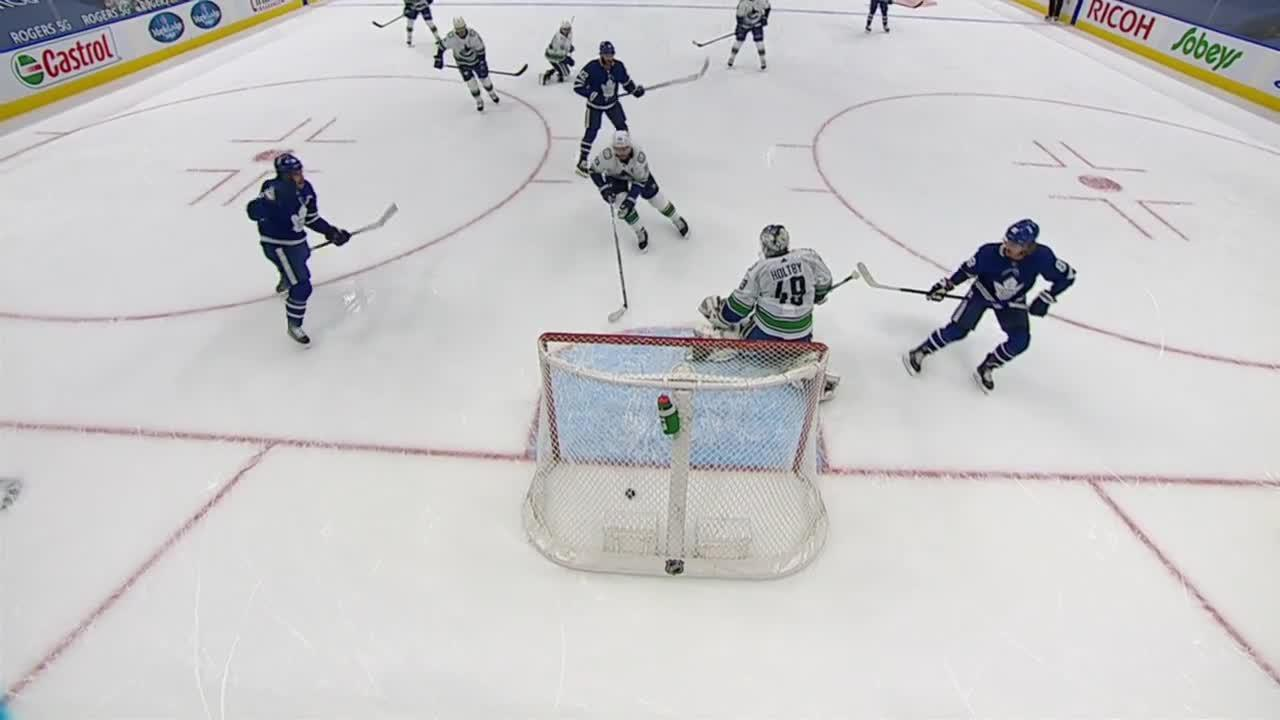 Toronto Maple Leafs vs. Vancouver Canucks - Game Highlights