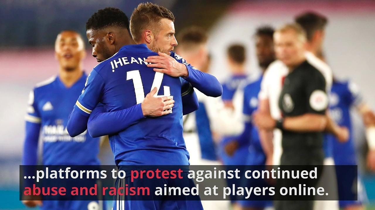 Footballers start four-day boycott of social media