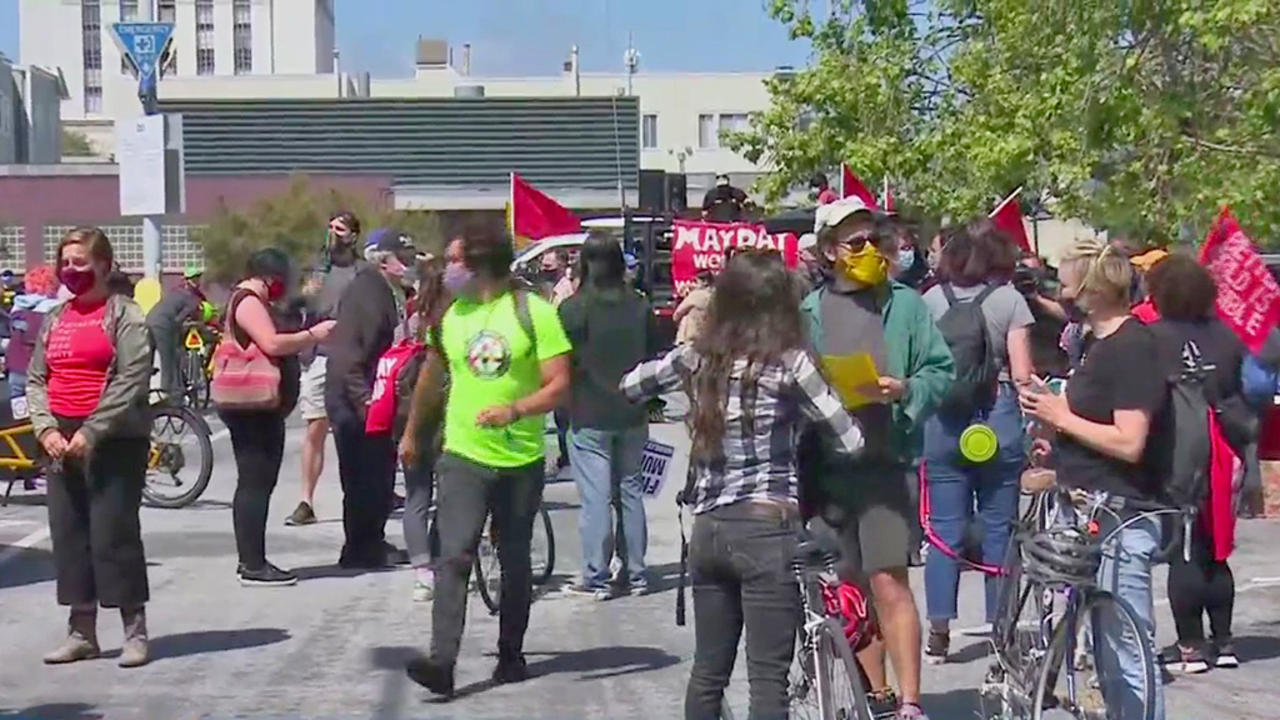 Roving Rally Kicks Off May Day Demonstrations in Oakland