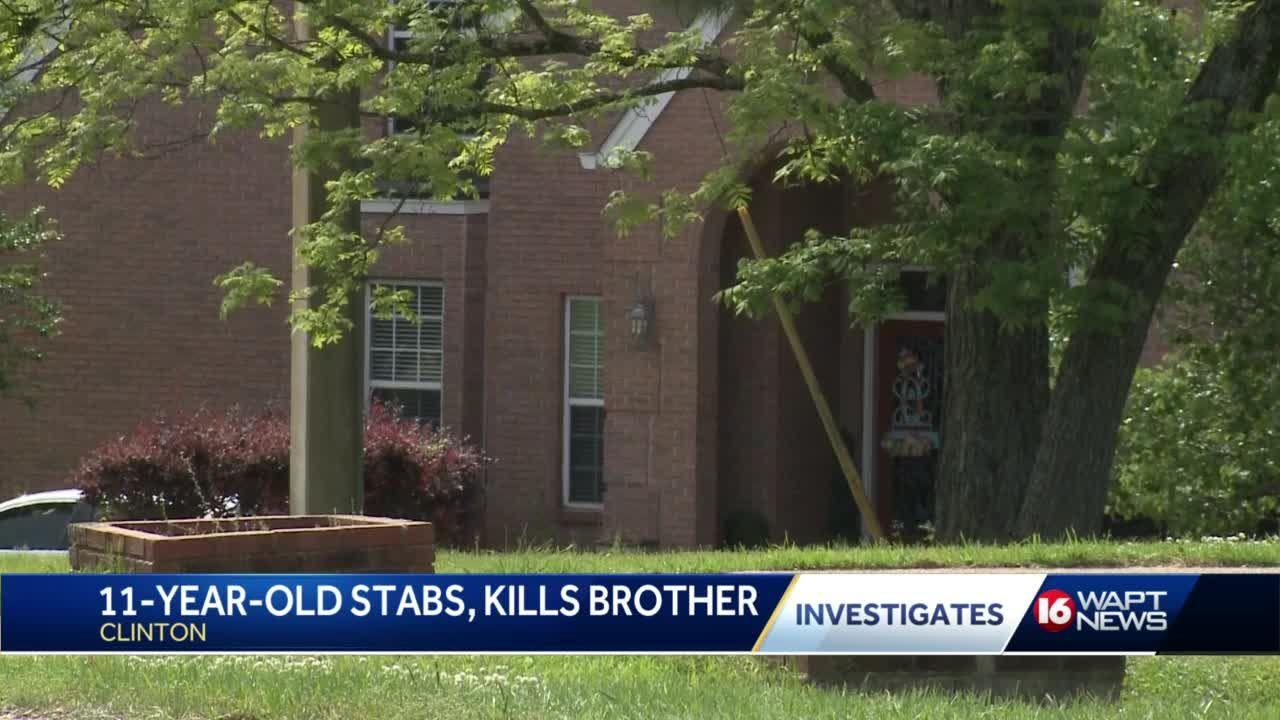 11-year-old stabs, kills 13-year-old brother in Clinton