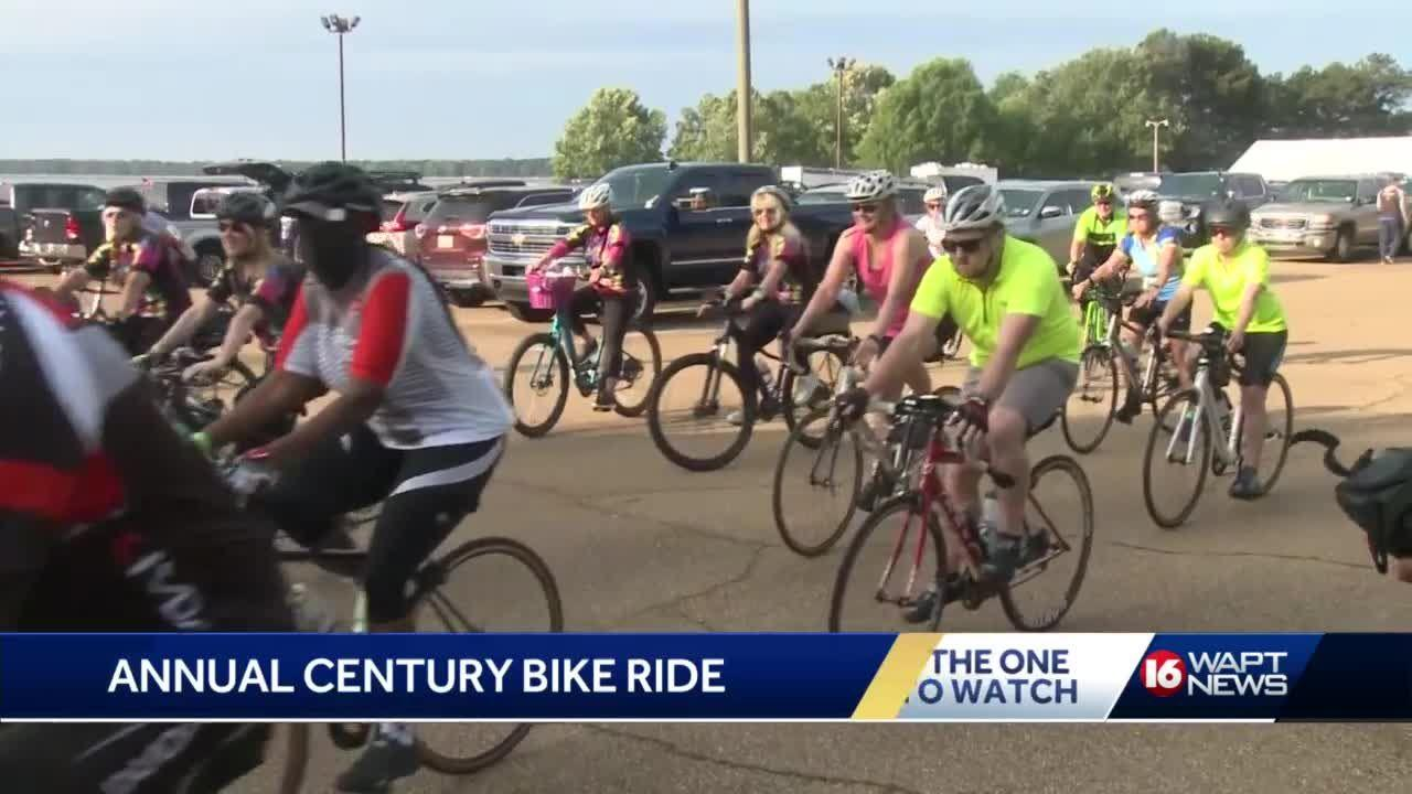 Century Bike Ride event kicks off through Ridgeland and Natchez Trace