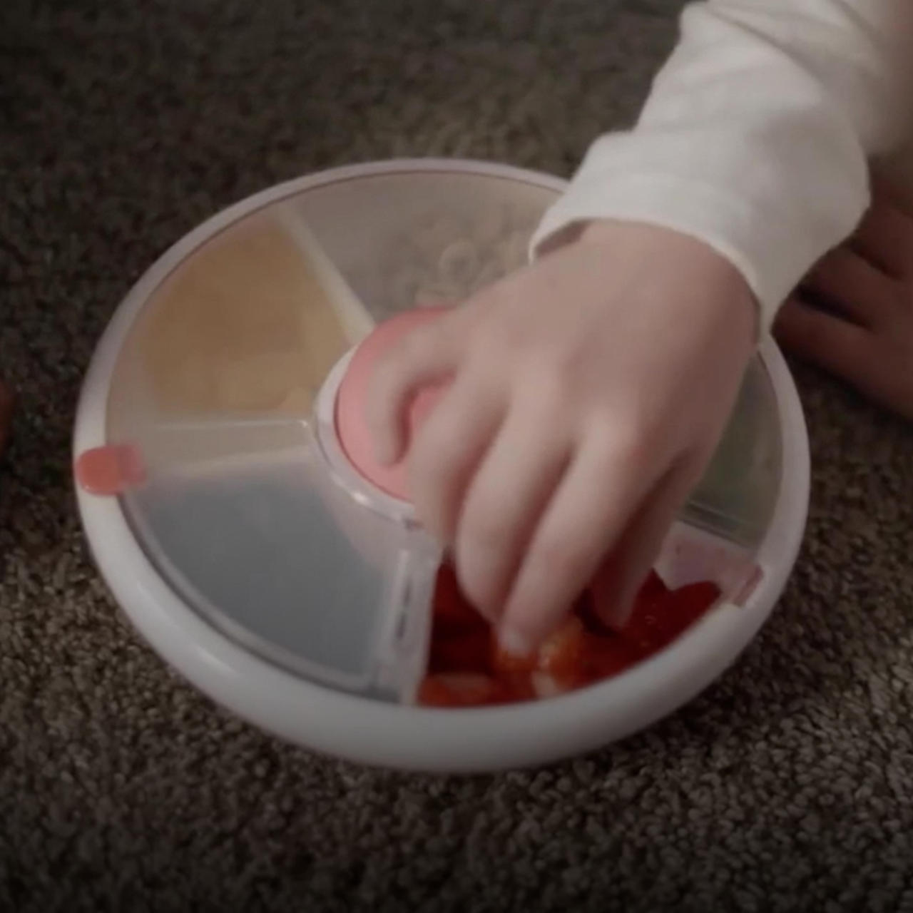 Make your child's snack time-efficient and mess-free with this cool kitchen gadget