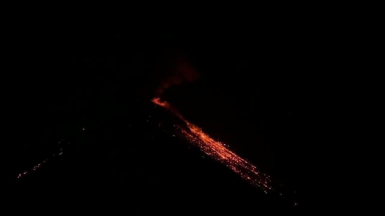 Spewing Lava From Volcano in Guatemala Looks Like Fireworks in Night Sky
