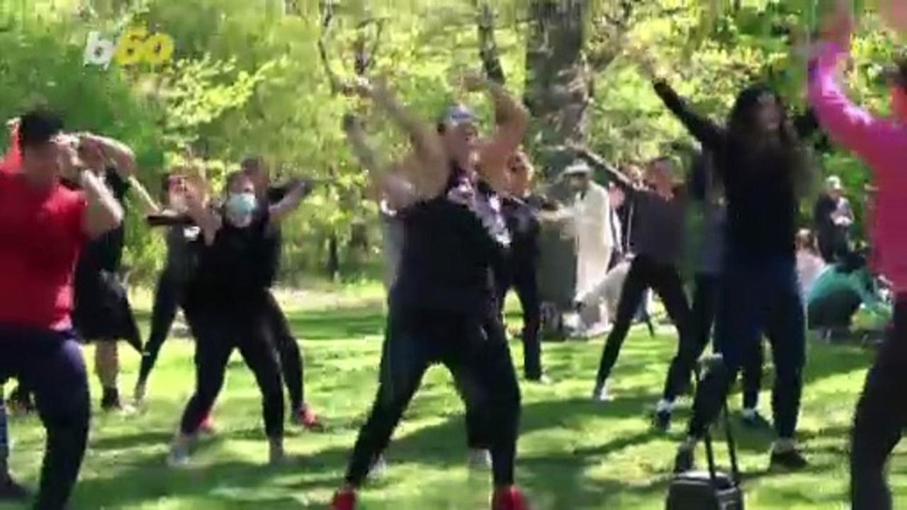 Wondrous Workout! Zumba Class in Central Park Attracts 100 People Post-Pandemic!