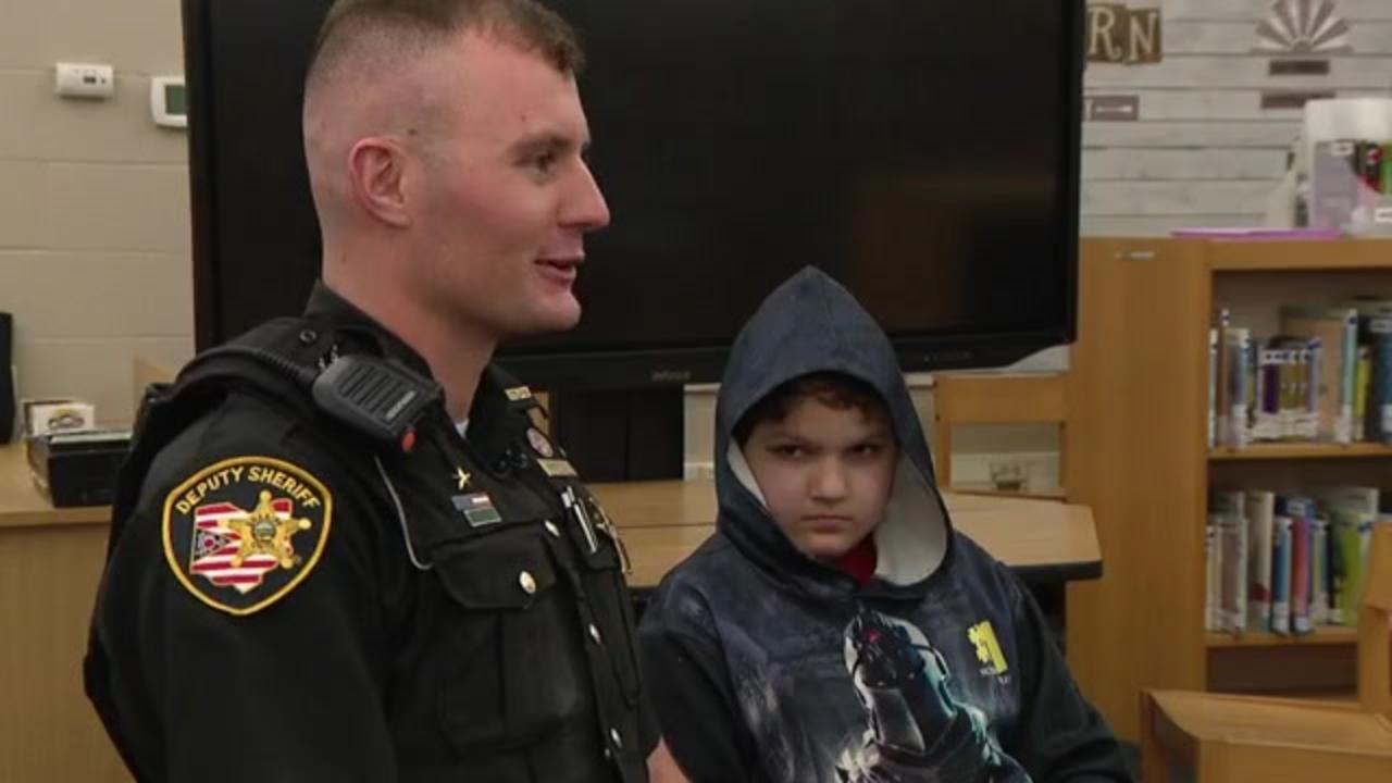 Deputy's kindness changes the life of 10-year-old with autism