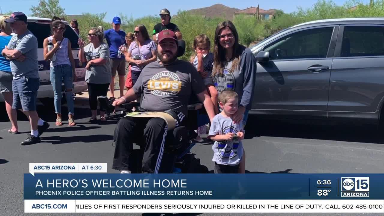 Community welcomes home PHX officer battling serious illness