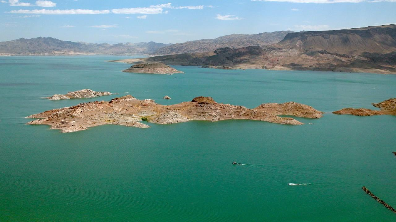 6-year-old girl drowns at Lake Mead