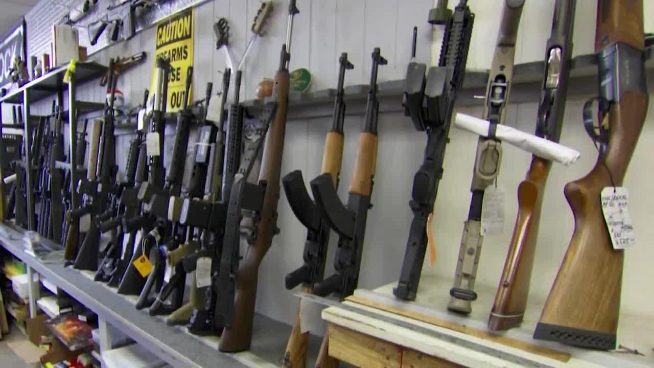 FBI reports 20% increase in gun-related background checks