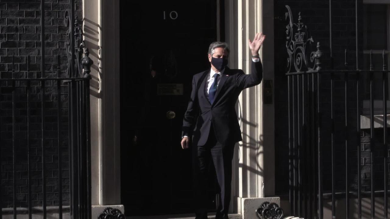 Boris Johnson hosts US secretary of state in Downing Street