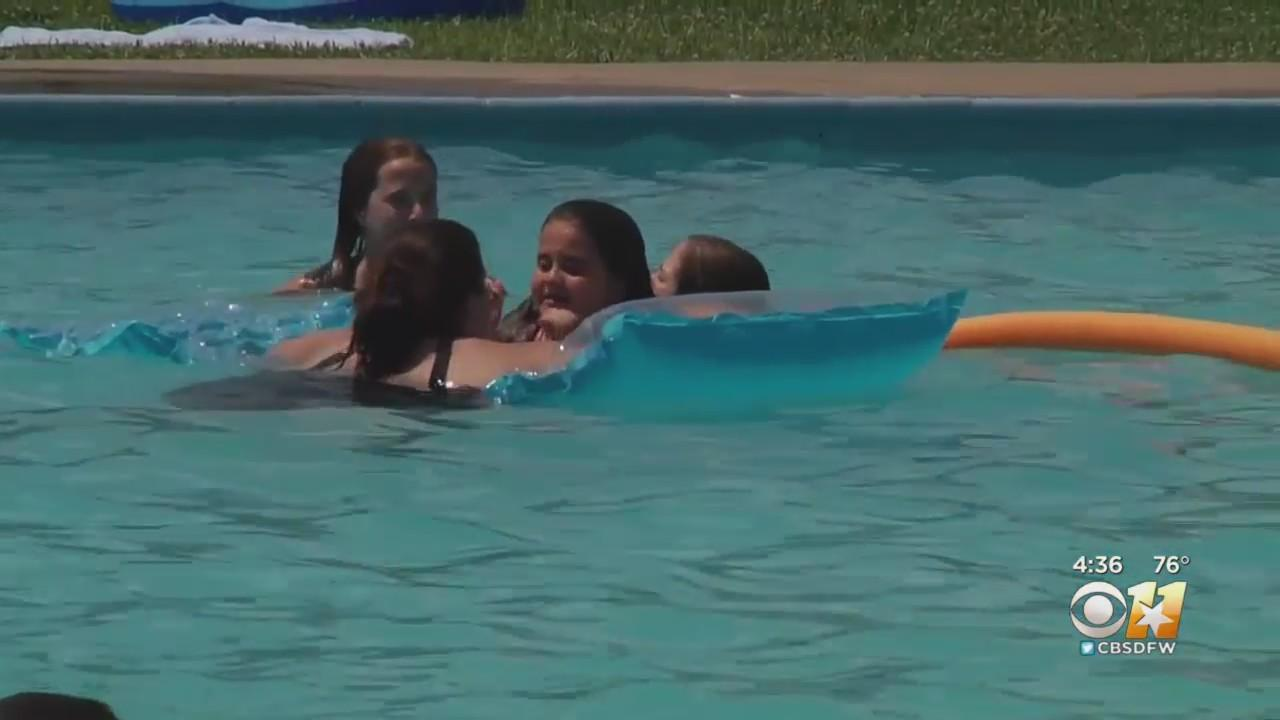 Chlorine Shortage Keeping Some North Texans From Enjoying Their Backyard Pools
