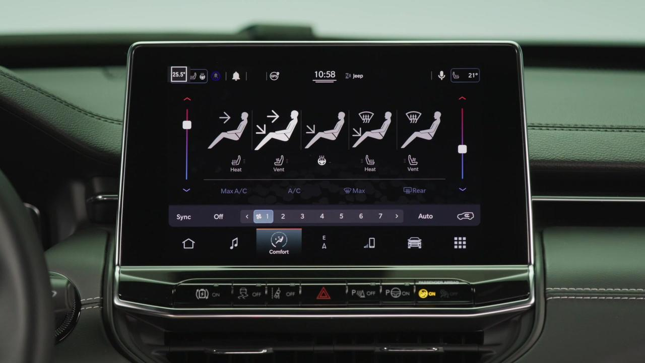 New Jeep® Compass S in Glacier Infotainment System