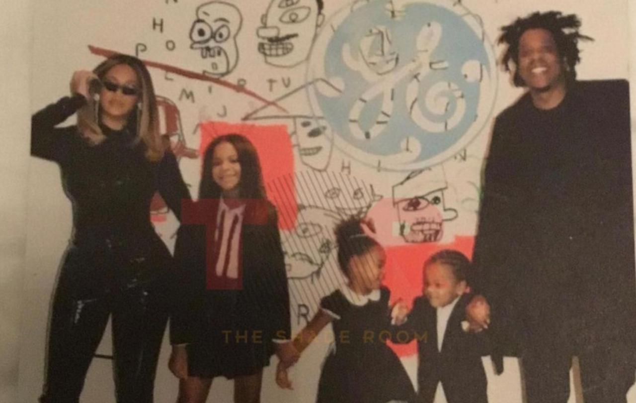 Beyoncé and Jay-Z Share Rare Photo of Their Entire Family